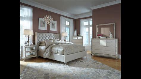hollywood loft upholstered bedroom set  pearl  michael