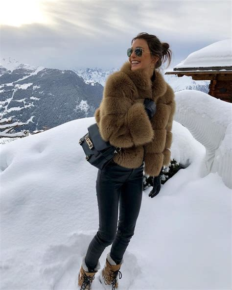 Pin by Ineedwool on Fur Coat and Jacket Winter fashion