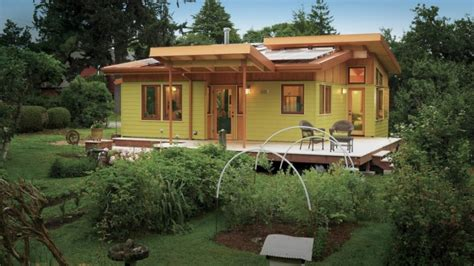 pictures small lake house designs small lake home plans bee home plan