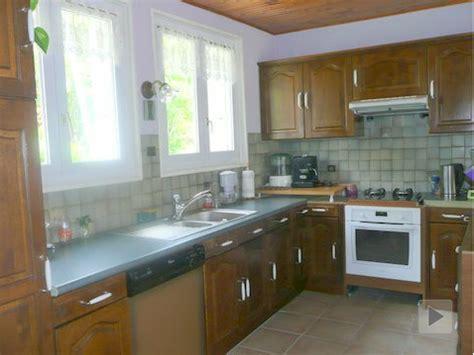 repeindre sa cuisine rustique repeindre meubles cuisine rustique avant décoration maison et idées déco peinture par pièce