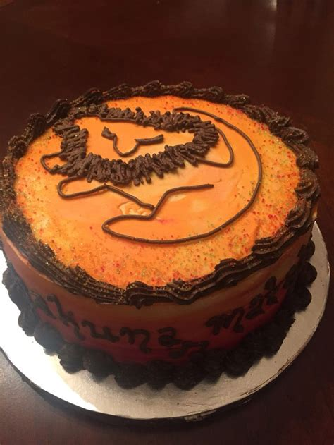 ideas  lion birthday cakes  pinterest