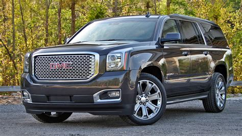 GMC Car : 2016 Gmc Yukon Xl Denali