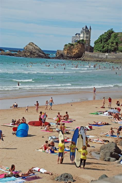 chambres d hotes cote basque photo de la plage de la côte des basques à biarritz