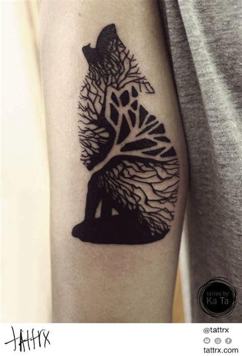 loup  arbre art  design pinterest tatouage