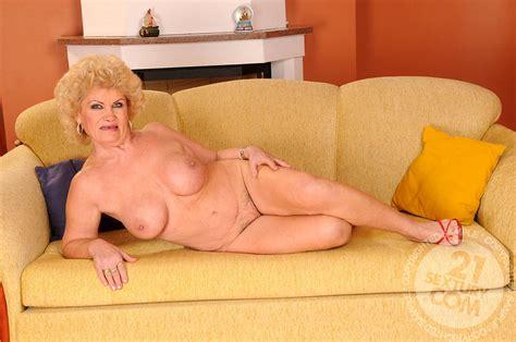 Lusty Grandmas Effie Blondesexpicturecom Grannies Vss Xxx