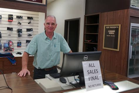 Palo Alto Golf Store by Palo Alto Store With Stanford Sports Link Closes