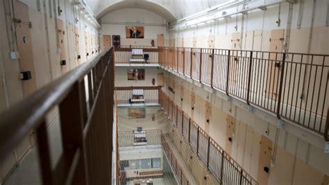 metz un ancien surveillant de prison emp 234 che une 233 vasion en pleine rue