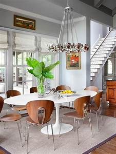 Transitional, Dining, Room, With, Modern, White, Pedestal, Table