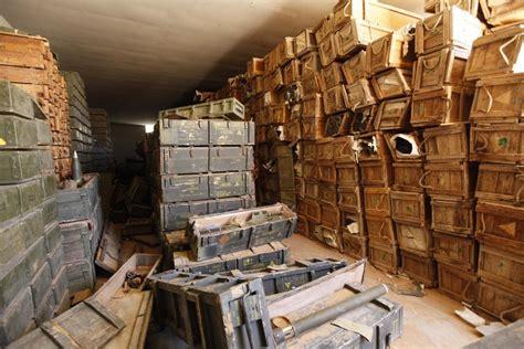 libya explosion kills dozens  looters raid ammunition depot