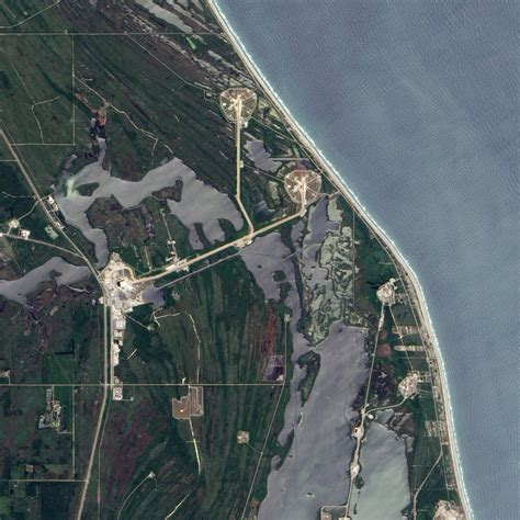 filecape canaveral launch pad   neighboring pad