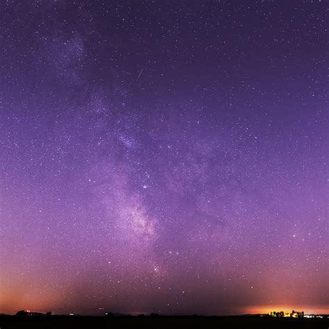 Milky Way Galaxy Purple Night Sky Wallpaper