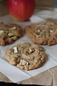 Apple with Peanut Butter Cookies