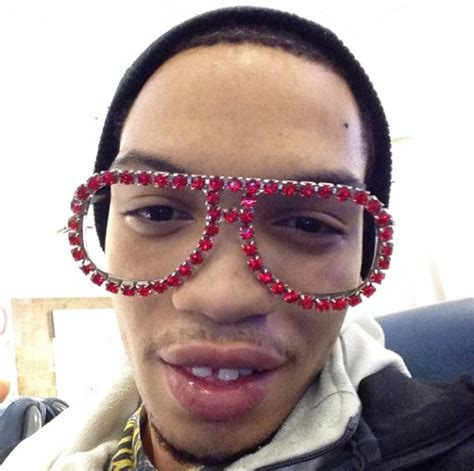 Icejjfish On The Floor by 15 Reasons Why You Should Follow Internet Sensation Ice Jj