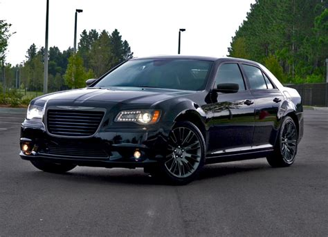 2013 Chrysler 300c Review by 2013 Chrysler 300c V6 Varvatos Limited Edition Review