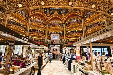 interieur winkel parijs galeries lafayette paris the flagship store of