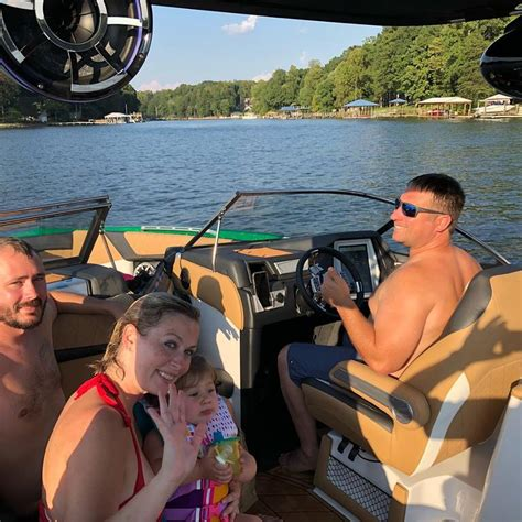 Boat Brokers Of Lake Norman by Lake Norman Boats Home