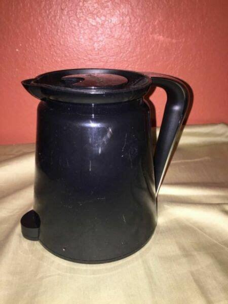 Shop for keurig coffee maker parts online at target. Keurig 2.0 Coffee Pot Replacement 32oz Black Chrome Carafe W/ Lid Model K300-550 for sale online ...