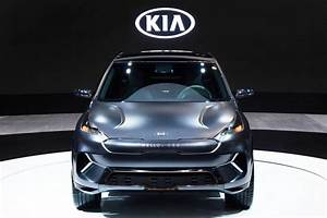 Kia Stonic Electrique : kia niro ev is a thinly disguised concept with 238 miles of range the verge ~ Maxctalentgroup.com Avis de Voitures