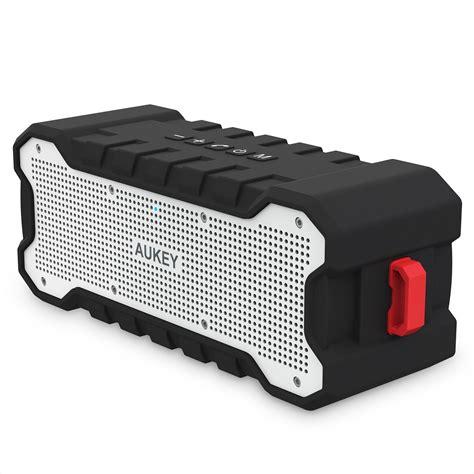 AUKEY Bluetooth Lautsprecher Test - Wasserfest und Outdoor ...
