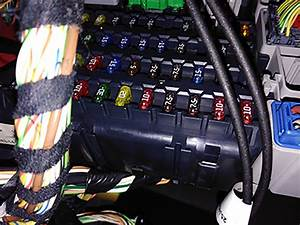 X-type Radio Not Working - Fuse Box Confusion