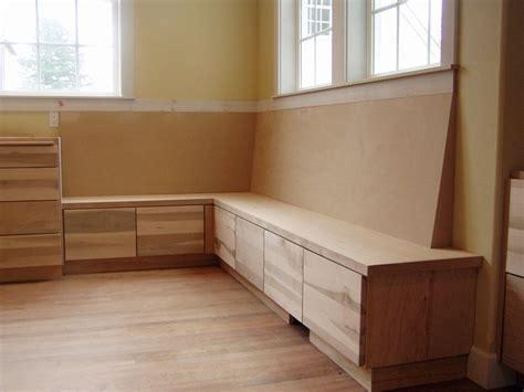 built  dresser   long    style