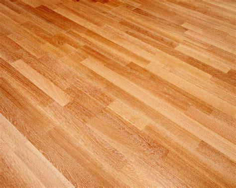 Laminate Flooring   J & C Carpets Limited