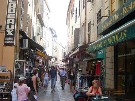 chambres d hotes rocamadour rue meynadier rue commerçante à cannes