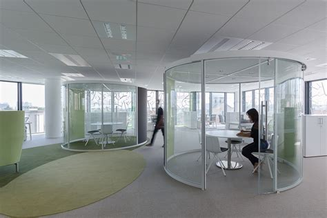 immeuble de bureaux aménagement design bureaux open space salles de réunion