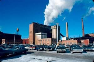 Papier D Arménie Usine : usine de p te papier et de carton fraser d 39 edmundston en 1970 ~ Melissatoandfro.com Idées de Décoration