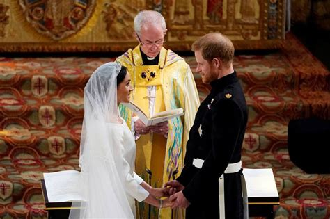 married prince harry  meghan markle declared