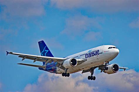 vol toronto air transat c gfat air transat airbus a310 landing at toronto pearson yyz