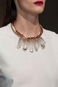 comment porter avec style le gros collier With robe pour mariage cette combinaison collier fantaisie pas cher