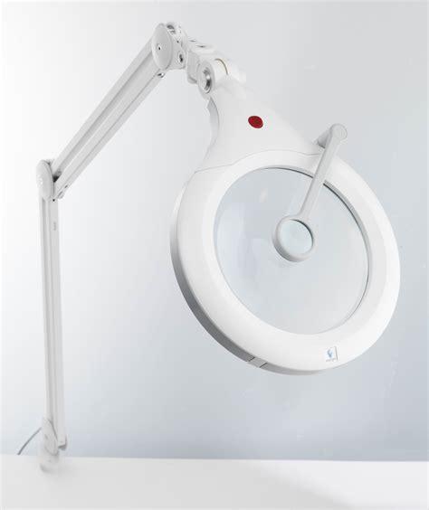intertek magnifier floor l floor l 300 watt halogen