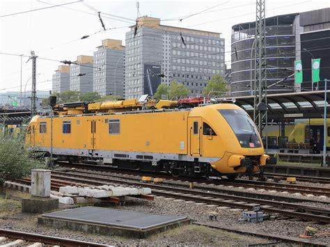 A J Hamburg by 01 1066 In Hamburg Hbf Deutschland Bahnen Startbilder De