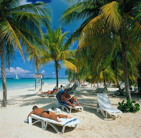 Günstig reisen: Auf Jamaika gibt es auch Karibik für ...