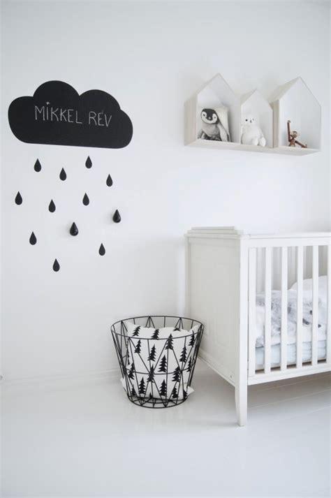 chambre en noir et blanc décoration chambre enfant noir