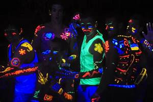 All You Need To Know About Thailand's Wild Full Moon Party ...