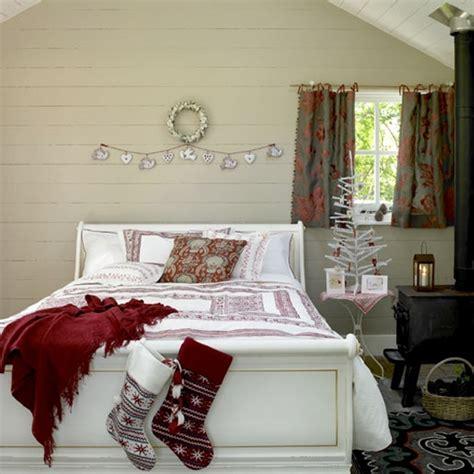 Adorable  Ee  Christmas Ee   Bedroom Decor Ideas Digsdigs