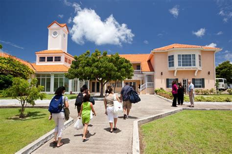 st george s university school of medicine sgu ranking tuition cus environment valuemd