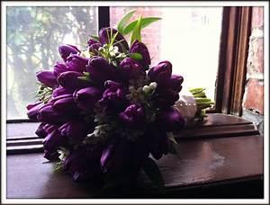 Tulip Bouquets, Flowers Bouquets, Wedding Bouquets, Purple ...