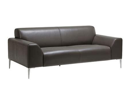 comment nettoyer un canapé en cuir noir comment nettoyer un canapé en cuir