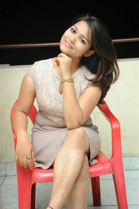 pooja latest  style pose shiner