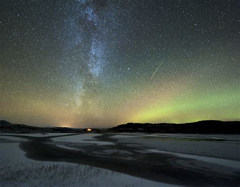 best time to view meteor shower tonight what is the best time to view the orionids meteor shower