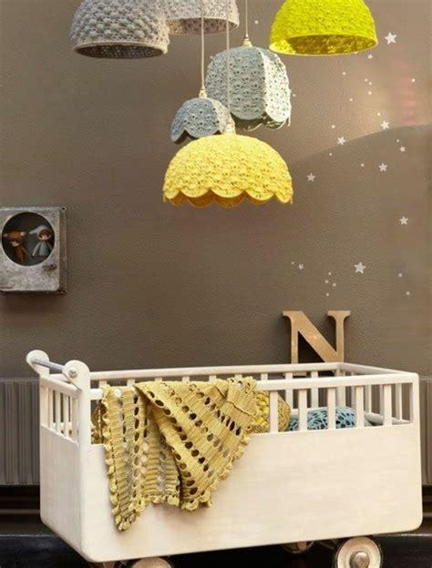 abat jour chambre bébé la peinture chambre bébé 70 idées sympas