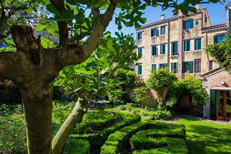 appartamento in vendita venezia apartment with garden in venice for sale