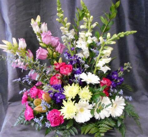 buckets fresh flower market opening hours 33576
