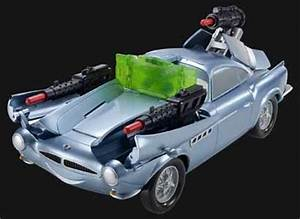 Cars 2: Secret Spy Attack Finn McMissile - Toy review