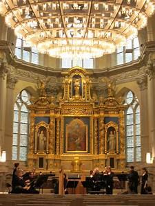 Chapelle Corneille, auditorium de Normandie mis en lumière ...