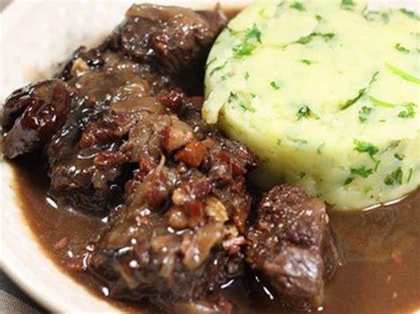 cuisine joue de boeuf les meilleures recettes de pruneaux et bœuf