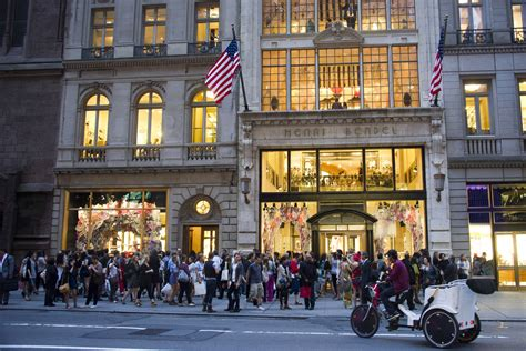 Henri Bendel, 123-year-old luxury retailer, closing for ...